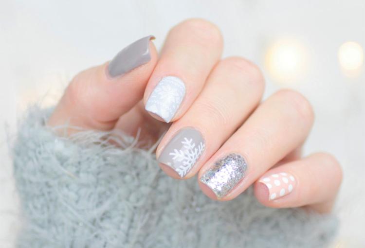 mix-match-winter-nail-art-6