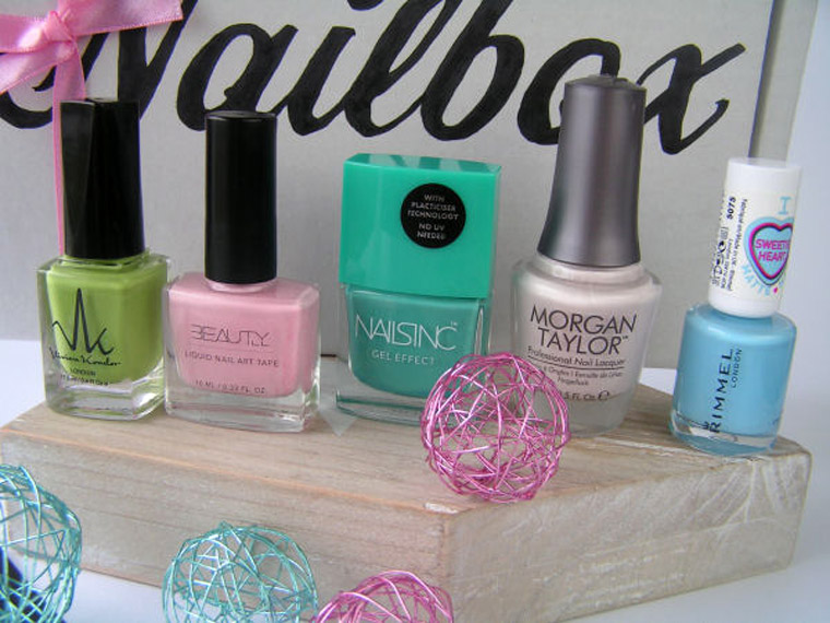 Nailbox spring love