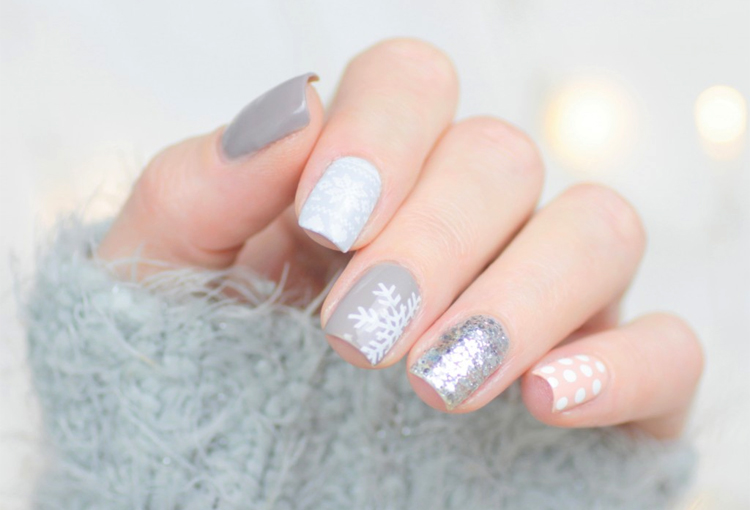 mix-match-winter-nail-art-6